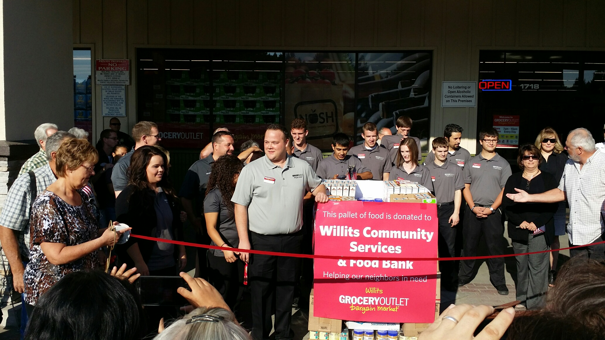 Willits Grocery Outlet Grand Opening