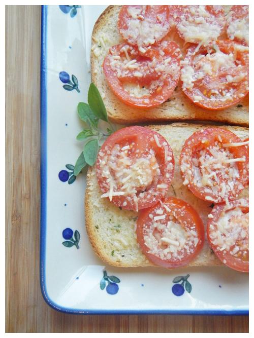 Tomatoe sandwiches