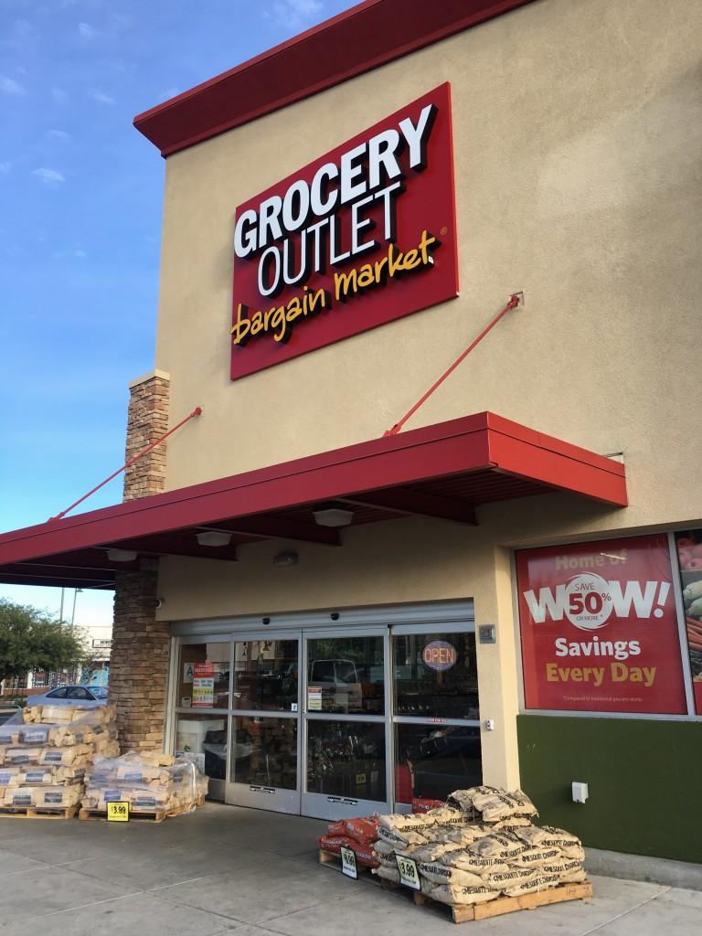 A Vivir LA Grocery Outlet